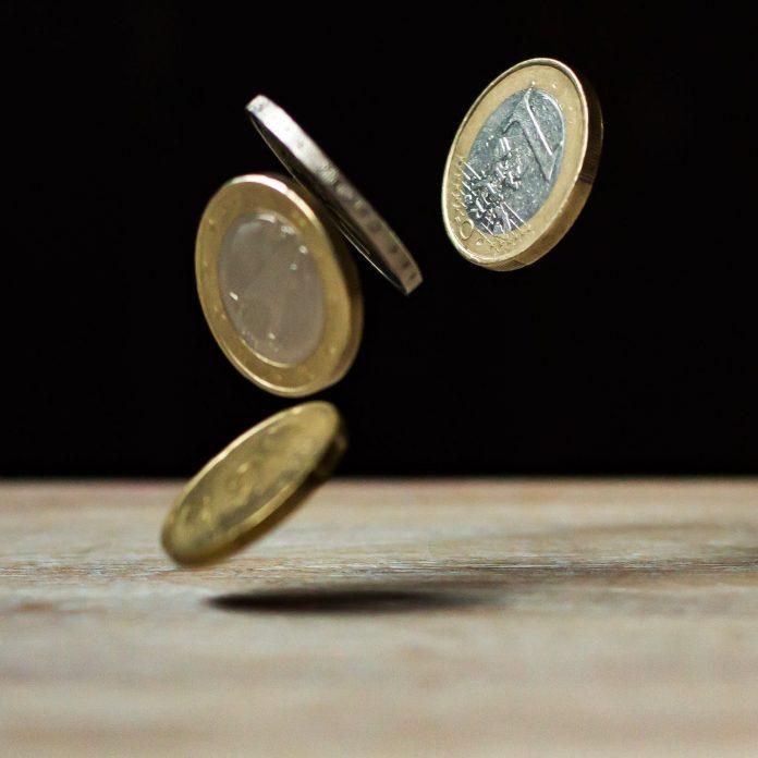 uit de lucht vallend geld